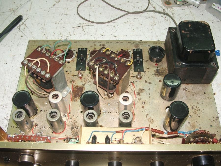 Amplificador a válvulas Hi-Tone H300 Hitone10-1