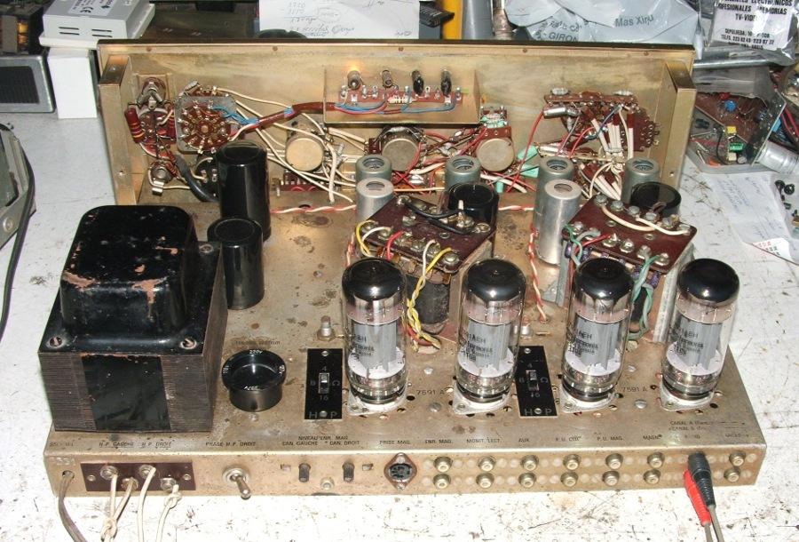 Amplificador a válvulas Hi-Tone H300 Hitone12_zps8be89757