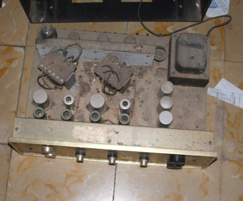 Amplificador a válvulas Hi-Tone H300 Hitone2