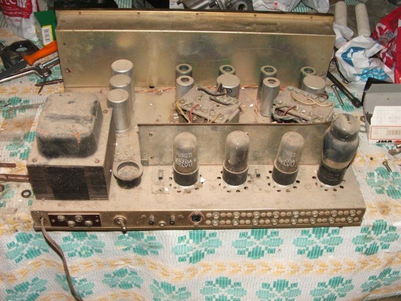 Amplificador a válvulas Hi-Tone H300 Hitone4