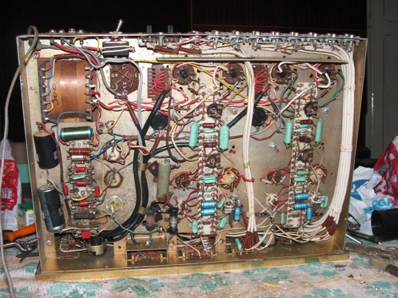 Amplificador a válvulas Hi-Tone H300 Hitone6
