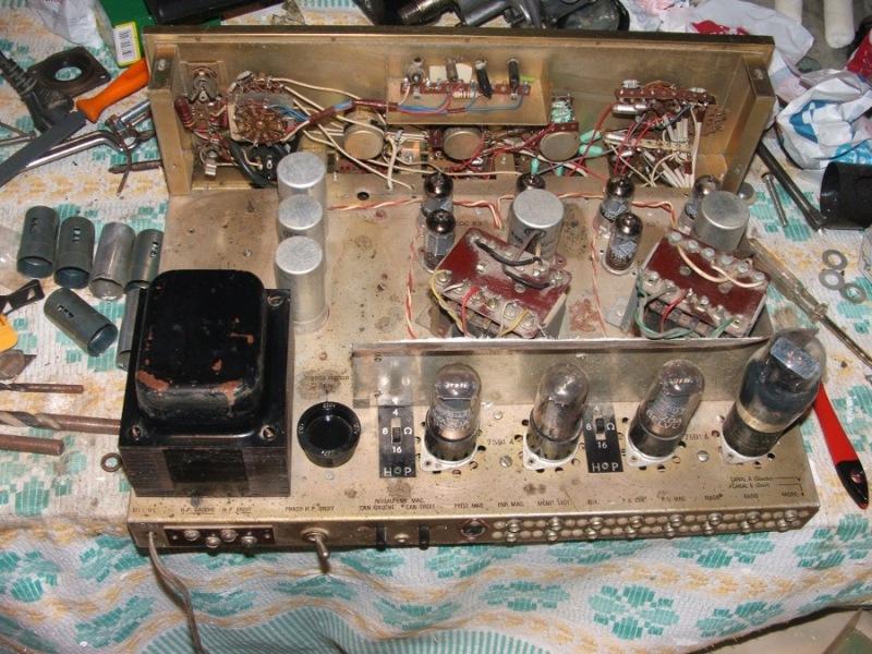 Amplificador a válvulas Hi-Tone H300 Hitone8