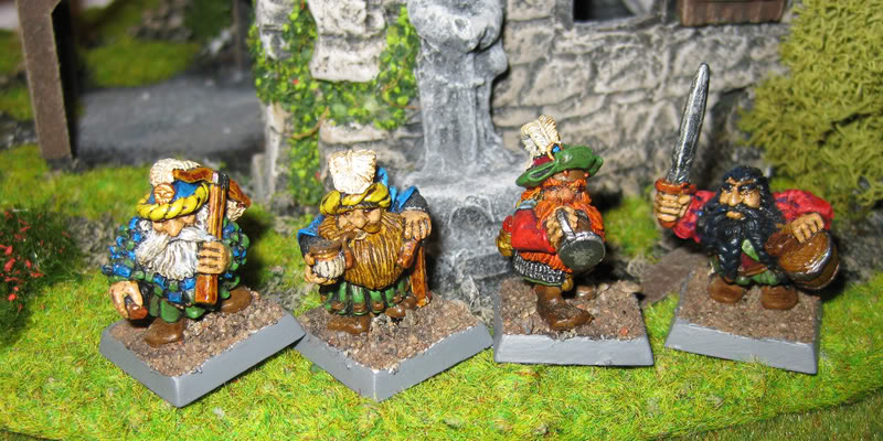 sisters - folketsfiendes gallery (new dwarves 110426) Brewers_hench