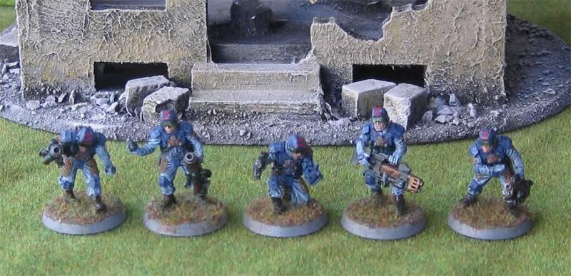 folketsfiendes Elysian Imperial Guard (New pics 120916) EL_HQcom1