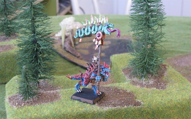 Saurus Battle Standard Bearer Saurusbsb1