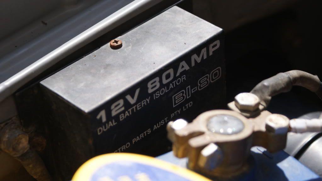 Dual battery system DSC07721
