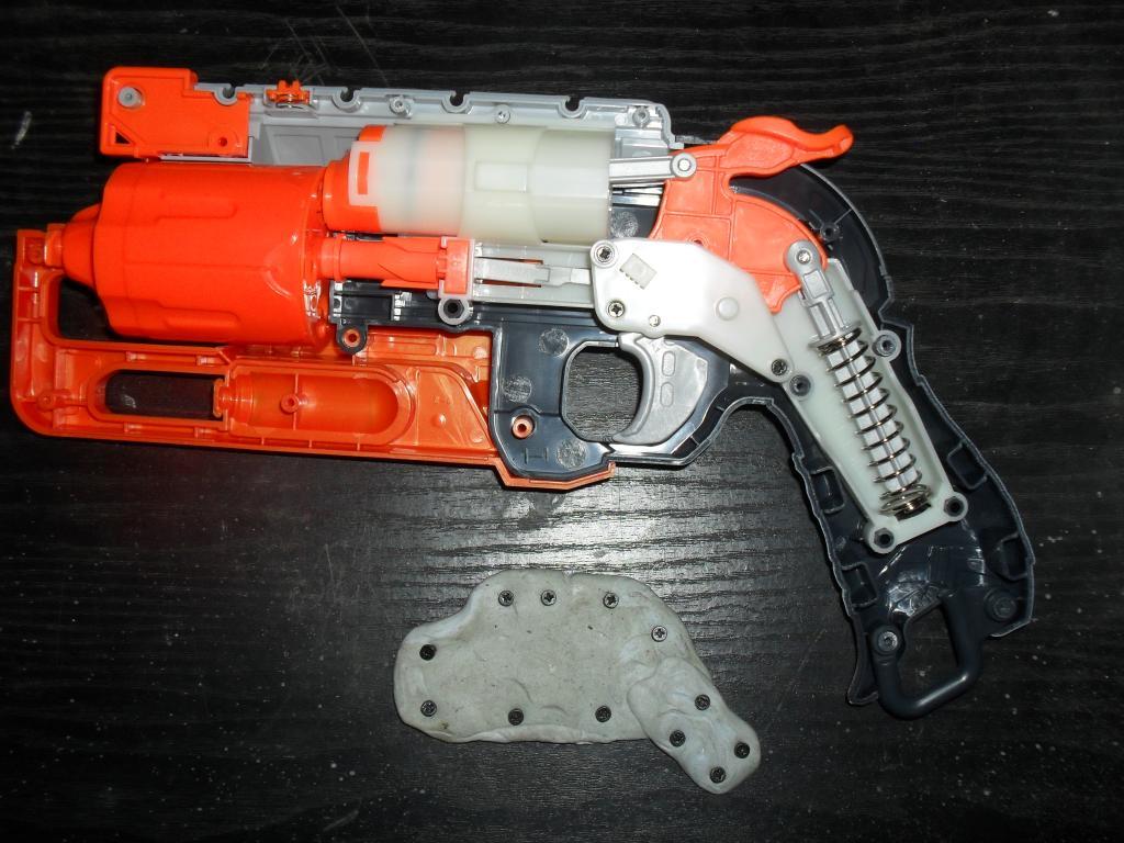 Nerf Hammershot Internals SDC13626