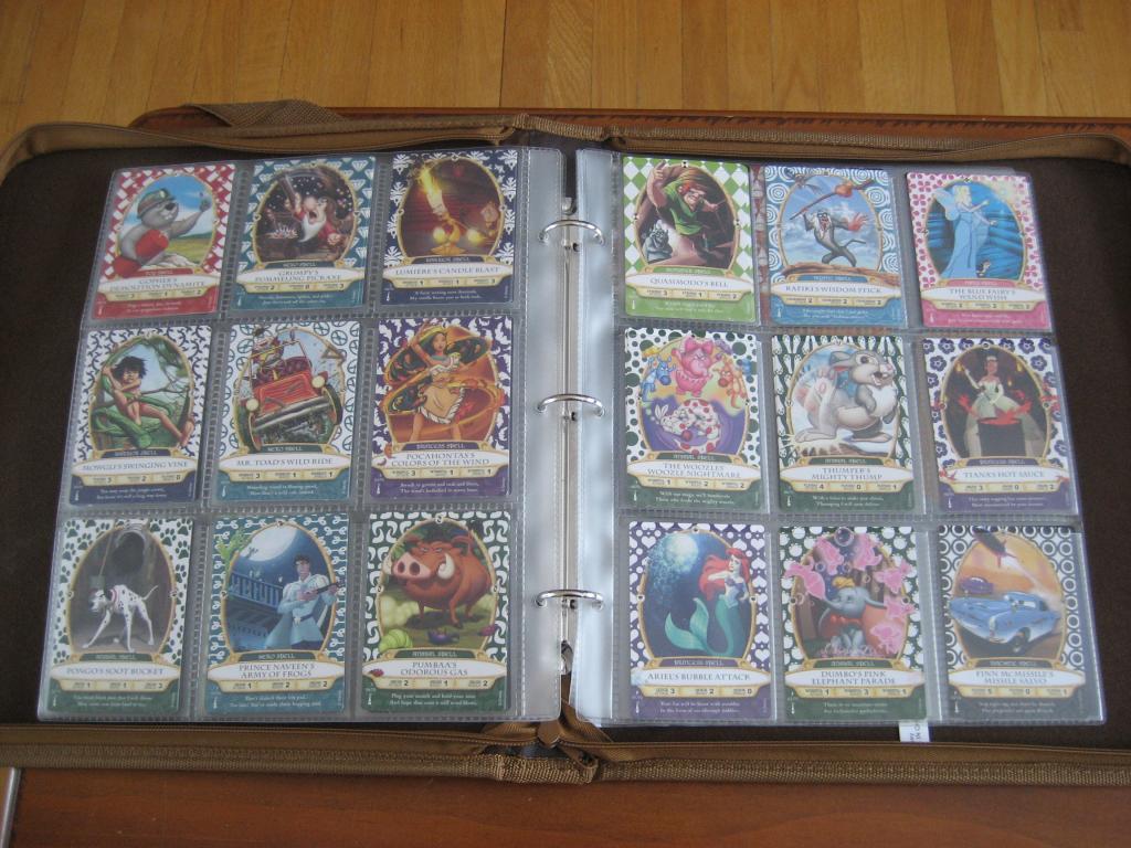 Enfin un cartable pour les cartes Sorcerer of Magic Kingdom Disneyfeacutevrier2013082_zps51796fd4