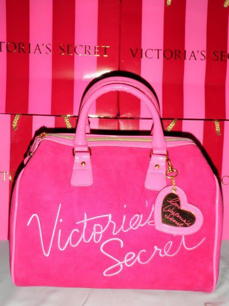 SELLING: ORIGINAL VICTORIA's SECRET VSHOTPINKMEDIUMphp1500