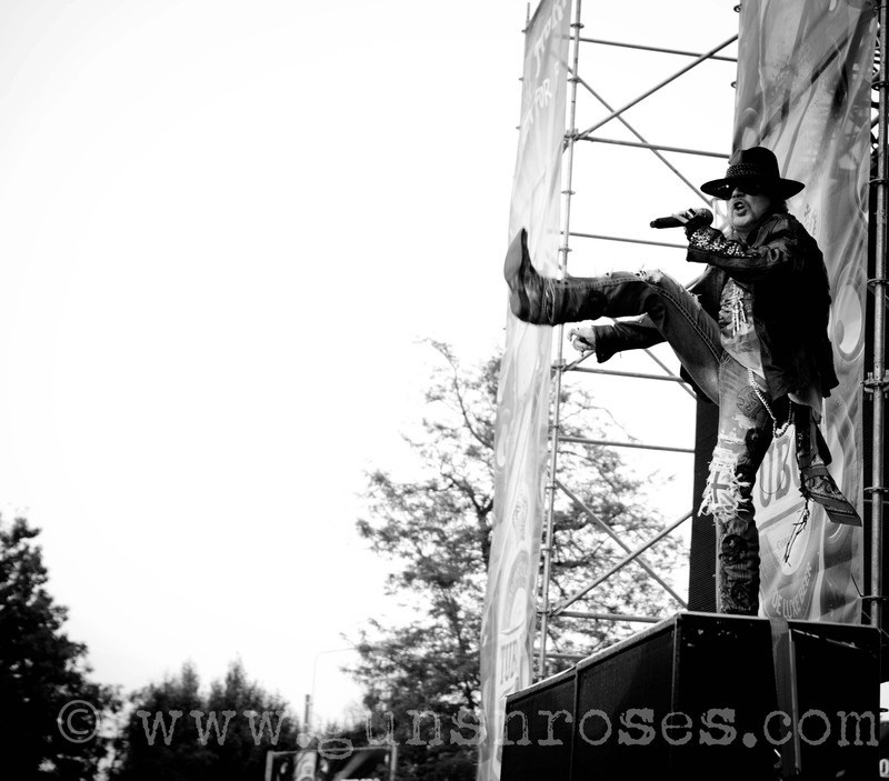 2012.07.01 - Romexpo, Bucuresti, Romania Large1Oxtqblqh0ZpB0VSWjywNZzeuX_X8ZZ6FiUBAP8T2DQ