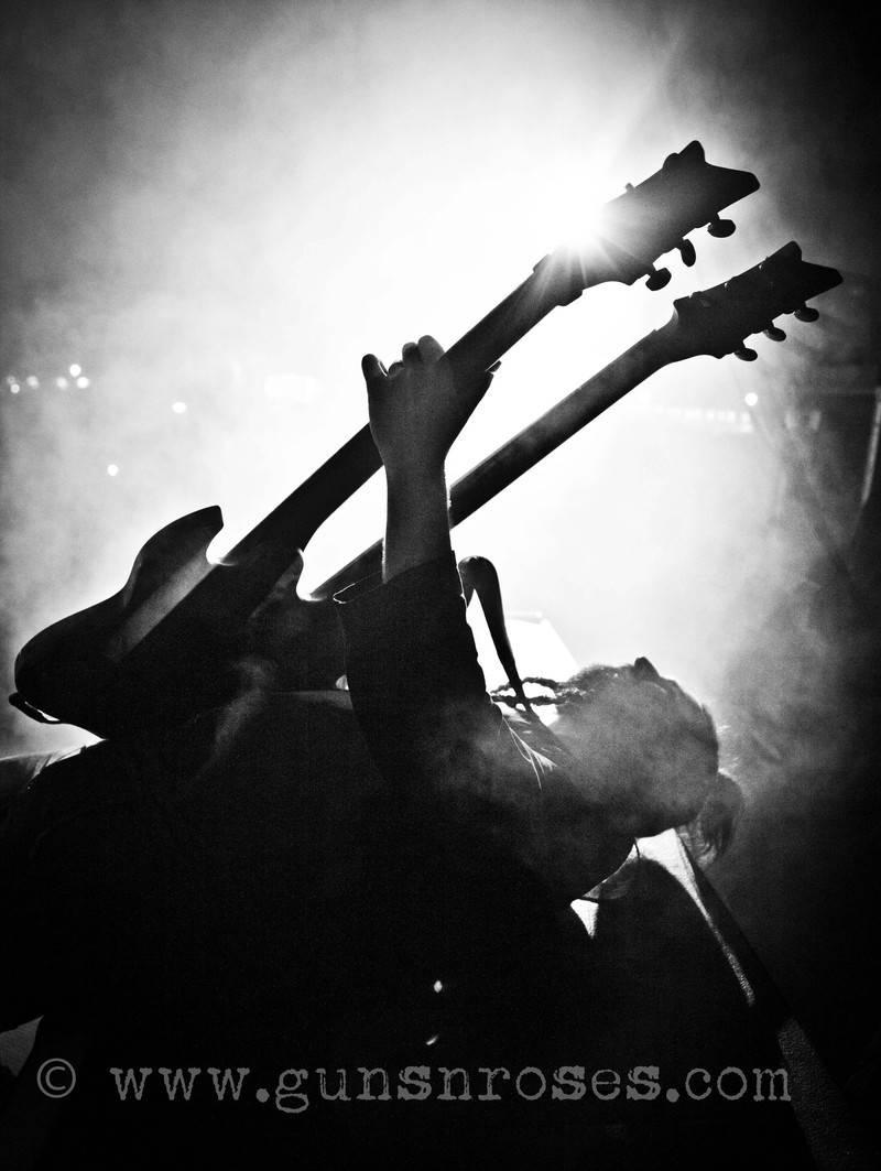 2012.06.24 - Graspop Metal Meeting, Dessel, Belgium Large6bwMdHTHpKAAT_89VS01A6z2ChhuHI2Q2UrHkGsr2mI