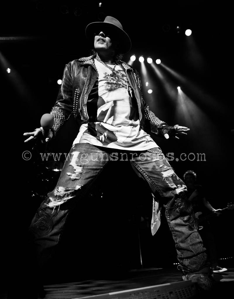 2013.05.29 - House of Blues, Dallas, USA LargeLGgWRfYHLKMm6SHL7MlX_qwapjaKgOUjZsaP06gbWM8_zps911ce01a