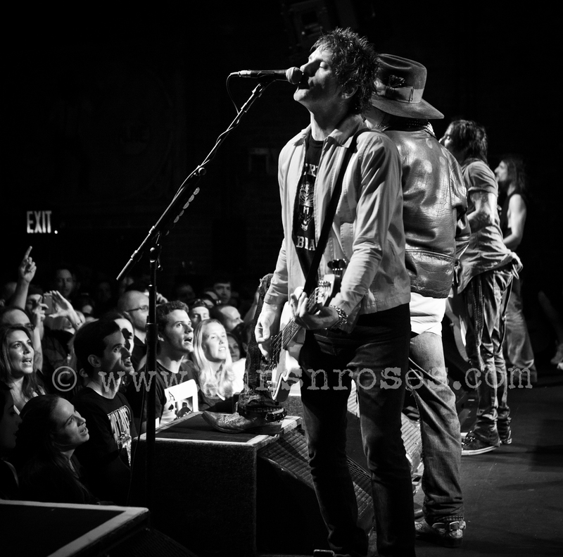 2013.06.06 - Brooklyn Bowl, New York, USA LargeceX3stMiYN96CNfNaggyPPCfprvhQzPQ89LY6Ck0JC4_zps85702dc8