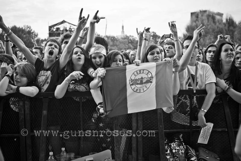 2012.07.01 - Romexpo, Bucuresti, Romania LargejprBq0a2Yof-yGWkW0aQBVZC7IMUjO0ml8ErObLMXVU
