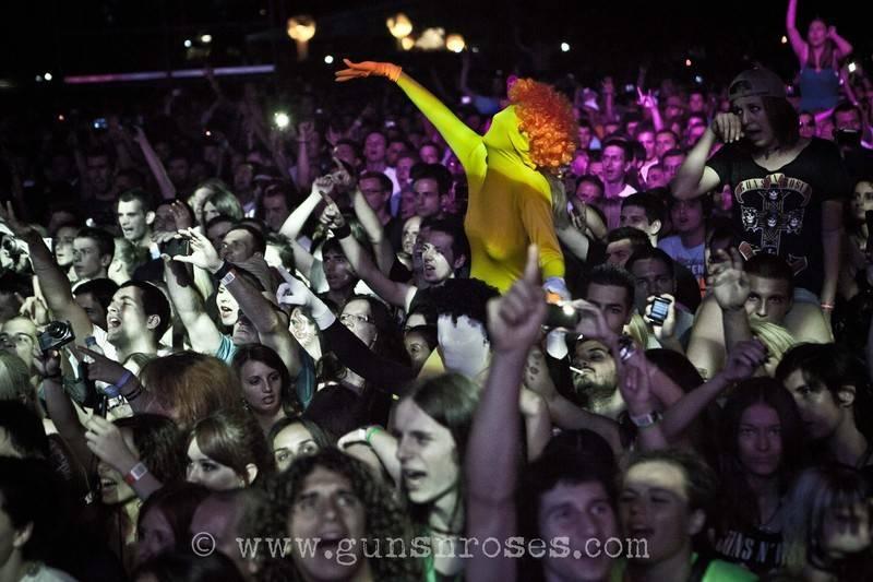 2012.07.15 - Exit Festival, Novi Sad, Serbia LargeuwtxB8GGTOQ3zrsJJewU76hurIqZdcDGoj0S0nSpCTQ