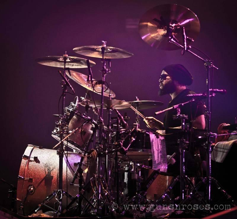 2012.05.20 - ECHO Arena, Liverpool, England Largex5JP7parGBx6TYakezIbfM5jzxyk7MwkCSLRRq7gqDM