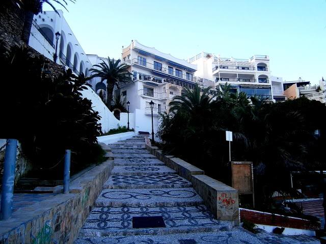 Nerja: El balcón de Europa. PB220047