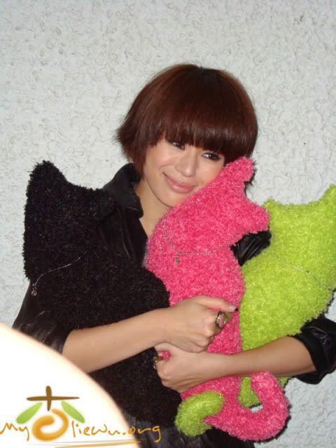 [1 June 2009] Myolie at JSG Show 20090530funz_cc03