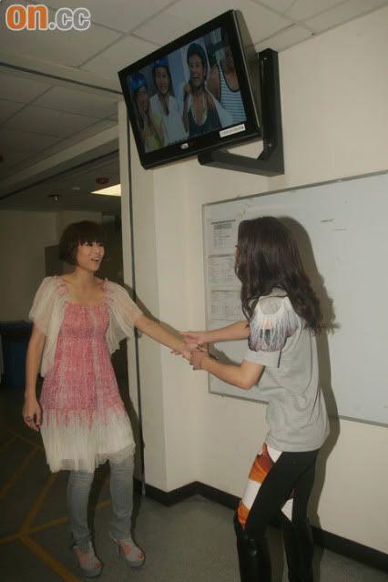 [1 June 2009] Myolie at JSG Show 20090601oncc_02