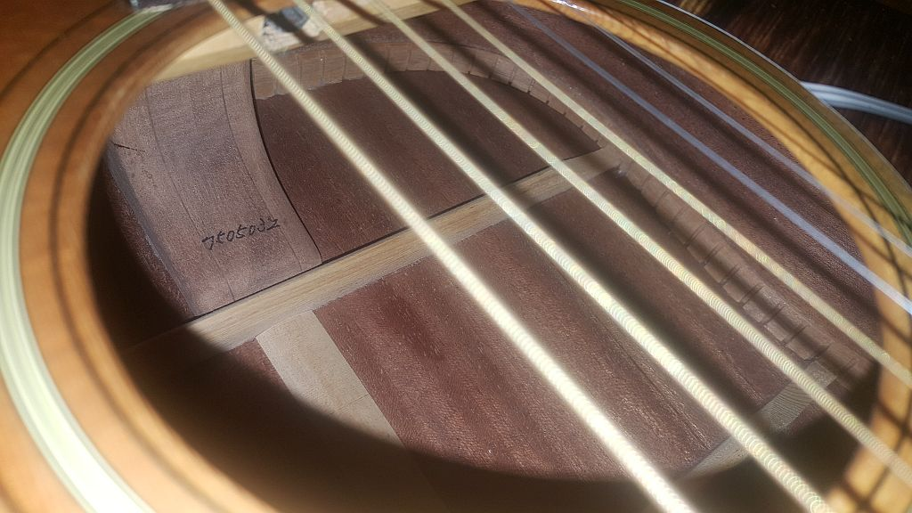 Inquiry about my acoustic westone guitar W-50%20soundhole2_zpspaw7vkhw