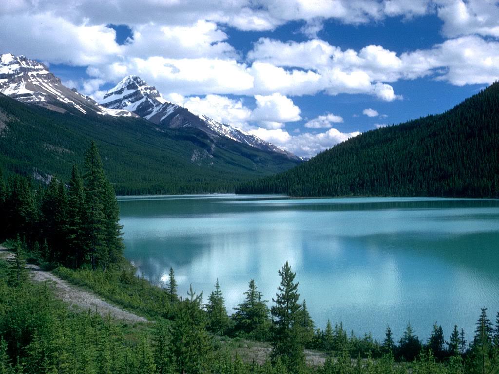 Paradise Minimalist Alberta_Canada_-_Lake_Louise