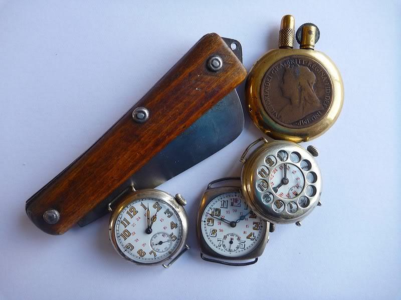 Spécial 11 novembre ... Les montres de soldats inconnus  Poilu1
