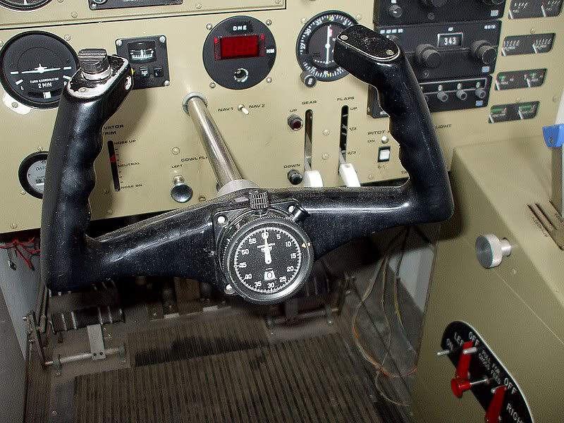 Montres de bord d'avion, sous-marin, tank, voiture, camion, bus ... - Page 2 Simufrasca2
