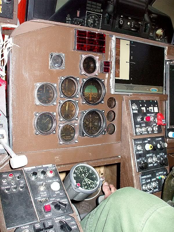 Montres de bord d'avion, sous-marin, tank, voiture, camion, bus ... - Page 2 Simusu25pau2