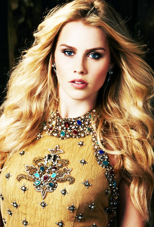 Claire Holt/კლერ ჰოლტი - Page 2 10aede7ec4ac71a849d95ac244ea0293