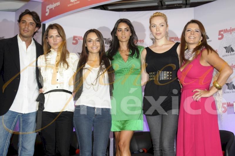 Paola Nunez/პაოლა ნუნიესი 9c23589b9e844140cead485cba45e00d
