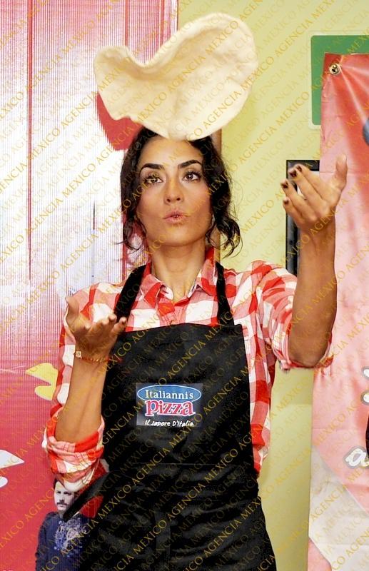 Paola Nunez/პაოლა ნუნიესი - Page 2 Fe3ef52a67f12805c31440252c107543
