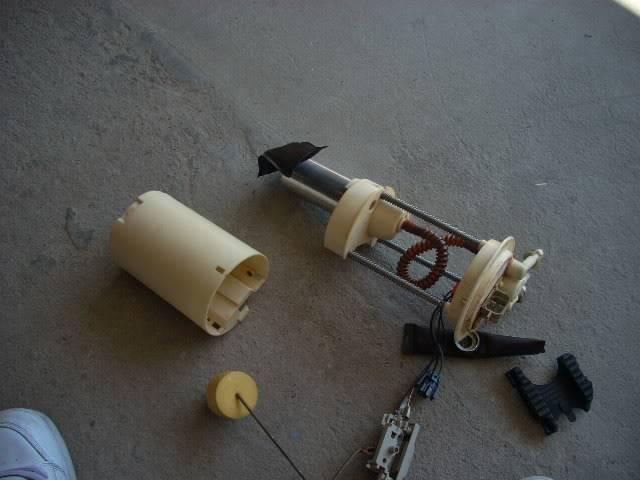 Write-Up: Walbro 255 lph Fuel Pump - Series I DSCN3676