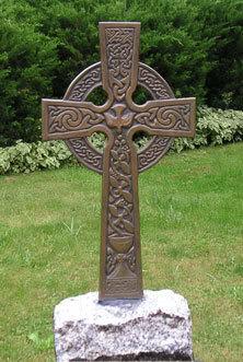 Celtic knots  Bronze-cross-frontS