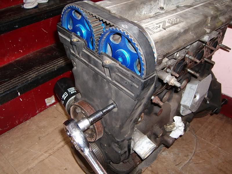Changing Zetec Camshafts 100d4141