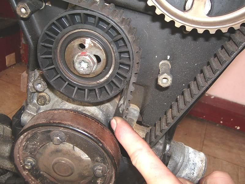 Changing Zetec Camshafts 100d4170