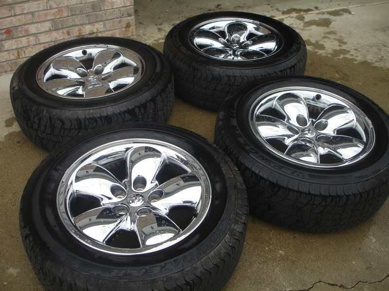 "Stock 20"" Rims and Tires for a 2005 Dodge Ram 1500 DSC02075"