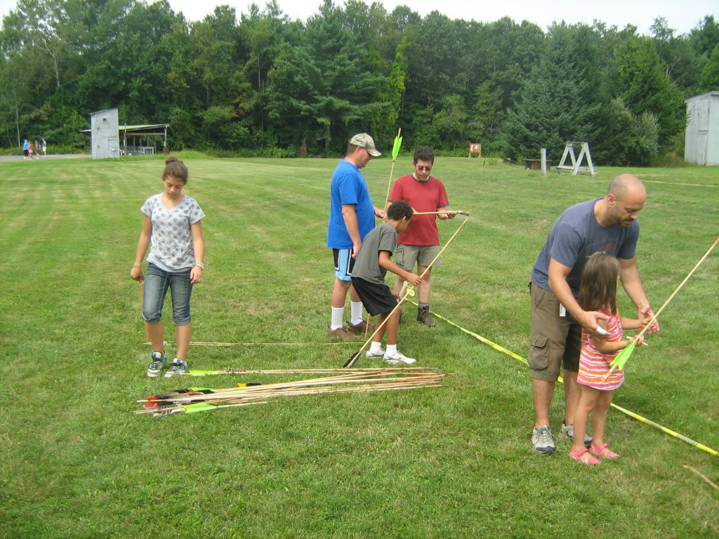 Family archery day - bows, crossbows, atlatls 137_full