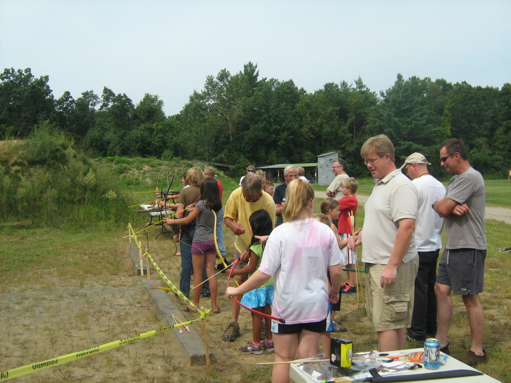 Family archery day - bows, crossbows, atlatls 142_full