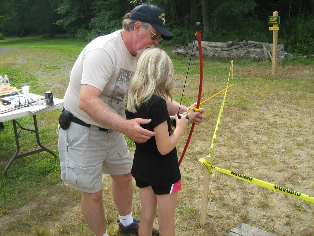 Family archery day - bows, crossbows, atlatls 147_full