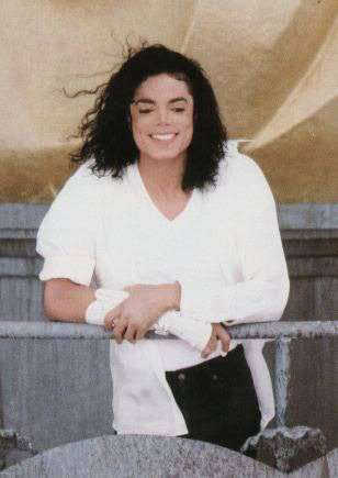 I Just Can't Stop Loving You, Michael Jackson 067-BlackorWhite