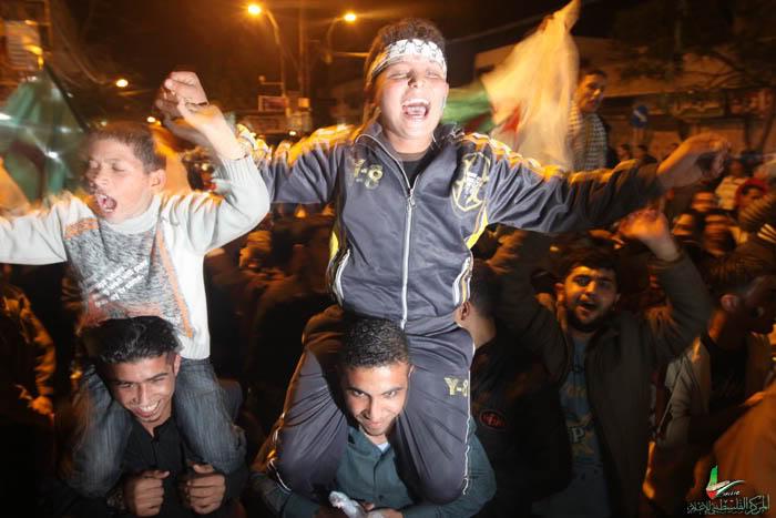 صور لانصار المنتخب الجزائري في غزة IMG_3147-4