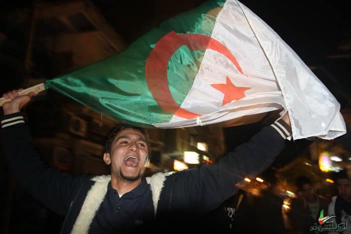 صور لانصار المنتخب الجزائري في غزة IMG_3147-9