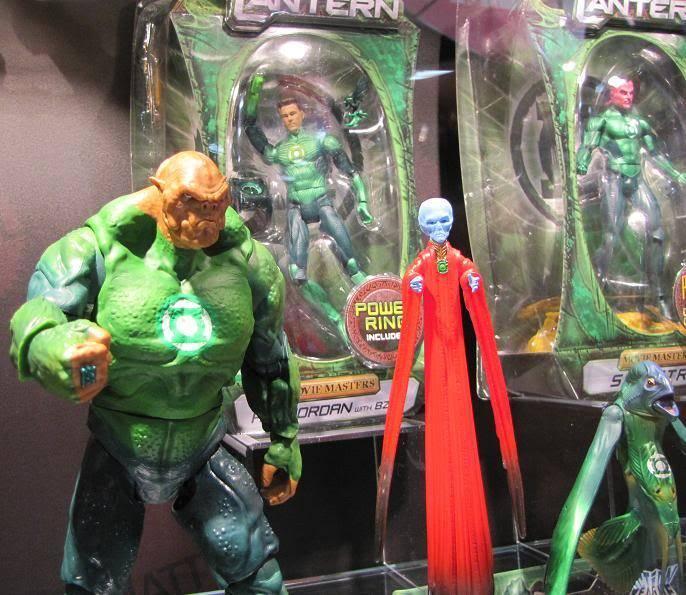 [Mattel] [Tópico Oficial] Figuras do filme Lanterna Verde! - Página 12 155