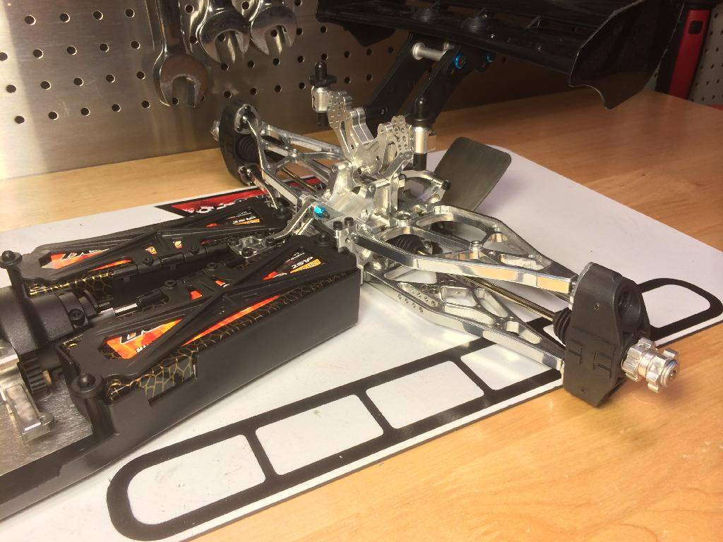 Ph@ntom Maxx chassis 76110D4A-F396-40D3-8CA1-A53C3A4A3AF4