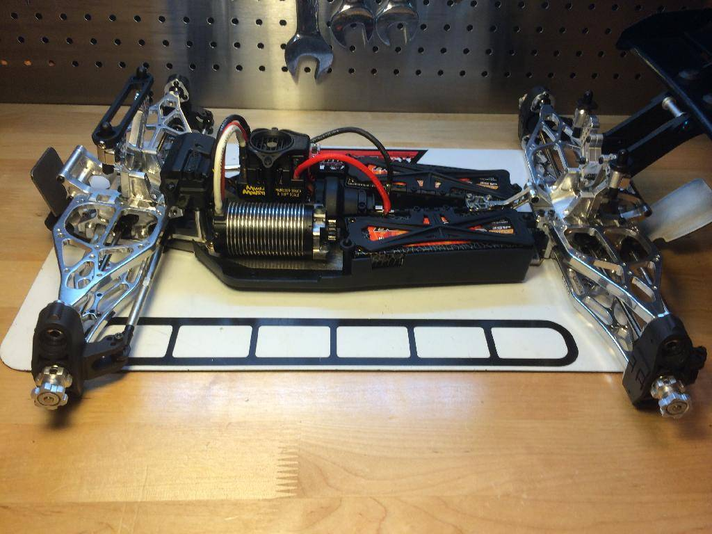 Ph@ntom Maxx chassis B765B52C-651B-463B-B5BD-3FD9B828325F