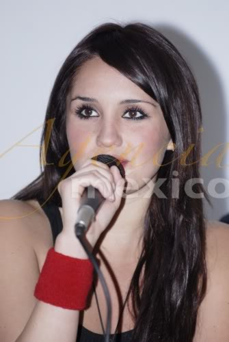 Dulce Maria [1] - Page 6 D1332
