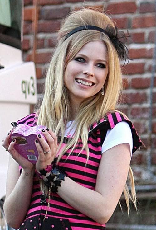 Avril Lavigne AvrilLavigneabbeydawn2khkh