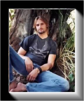 Montrez-moi des photos de Josh - Page 3 Josh-pour-misty-15