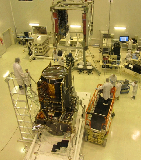 INVAP- Tres Nuevos Satelites de Comunicaciones ARSAT2_zps2a745f8f