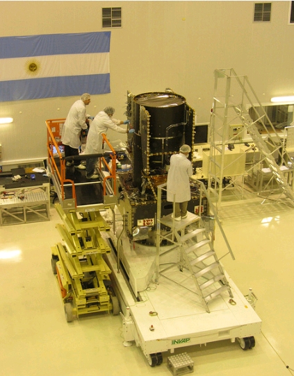 INVAP- Tres Nuevos Satelites de Comunicaciones ARSAT5_zps62e4951b